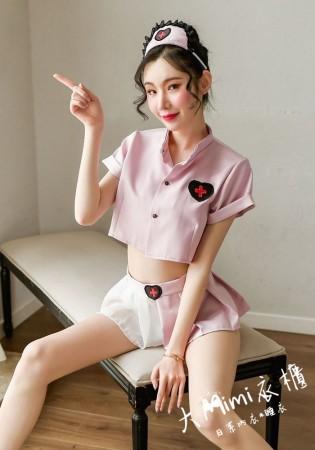愛心製服小護士