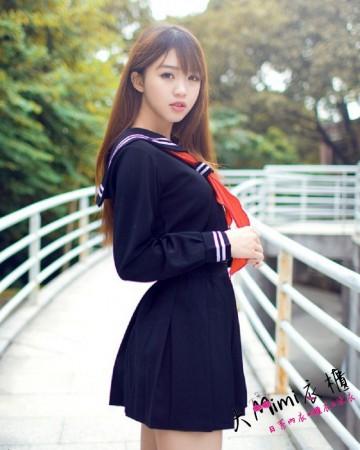 娃娃學生服