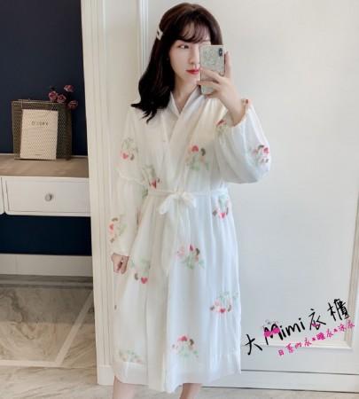 水貂蕾絲绣花睡袍(2色)
