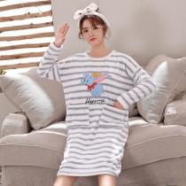 條紋小飛象法蘭絨裙裝睡衣(灰條)