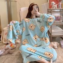 維尼超溫暖法蘭絨睡裙睡衣