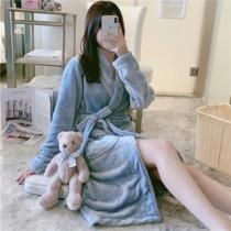 (藍英文)法蘭絨睡袍