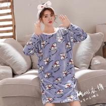 滿身小飛象法蘭絨裙裝睡衣